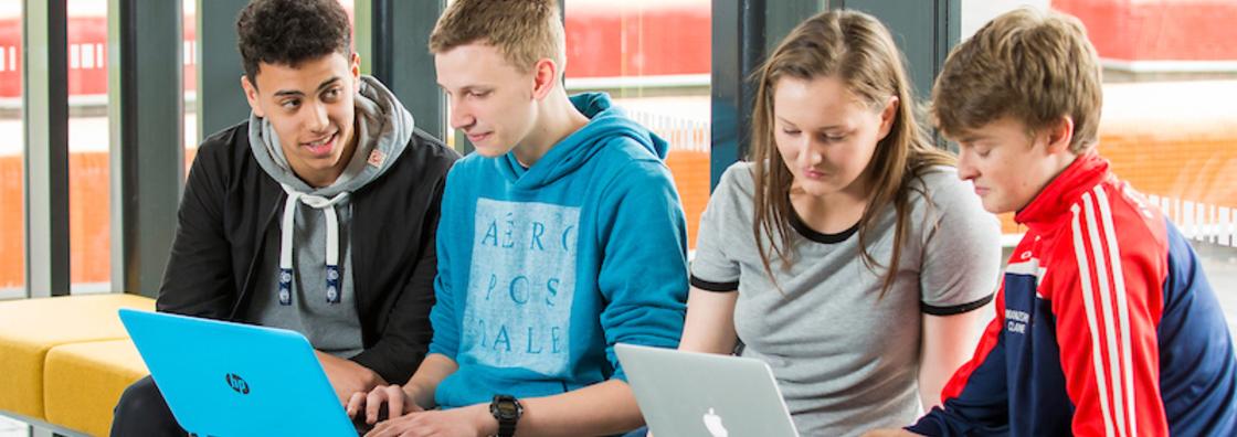 EDTL- Students On Laptops - Maynooth University