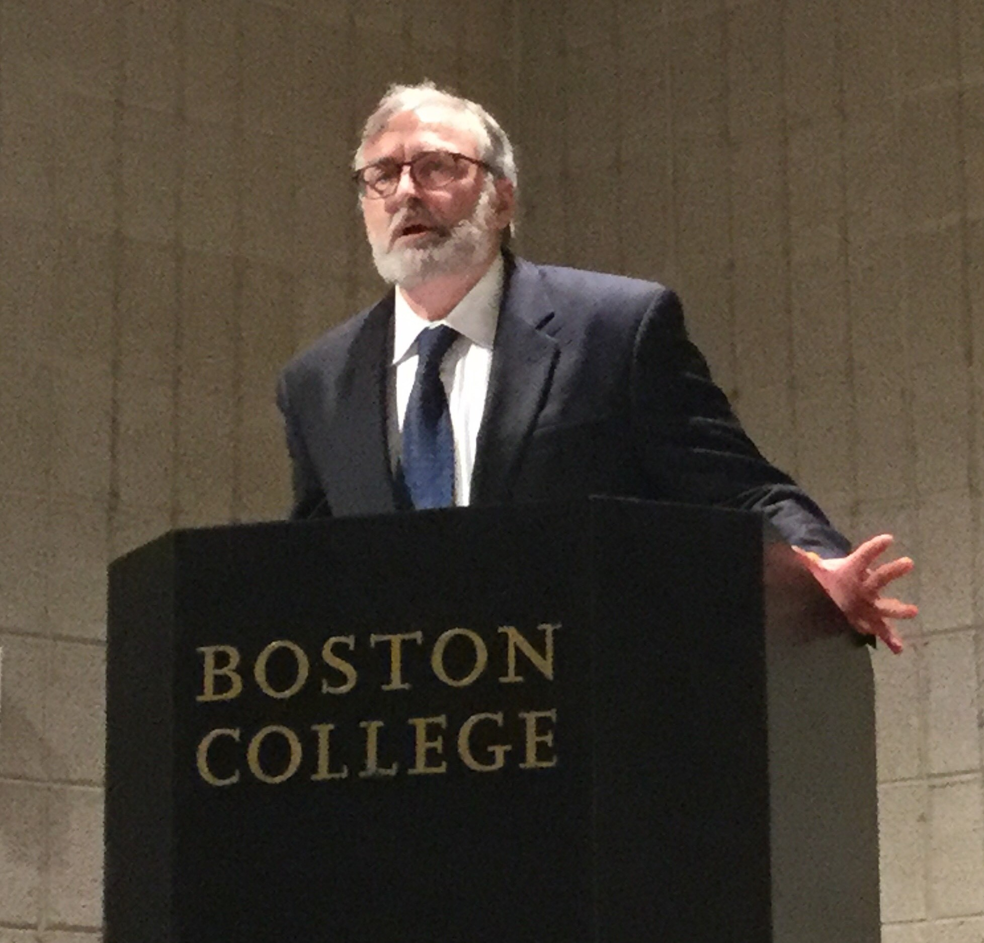 Prof. Philipp Rosemann delivering the plenary lecture at the Boston Colloquy in Historical Theology (August 2018)