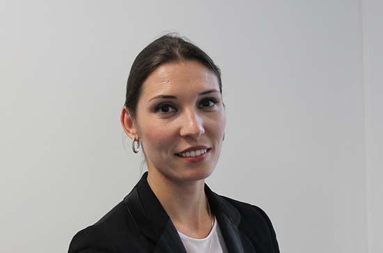 Headshot of Delia Ferri